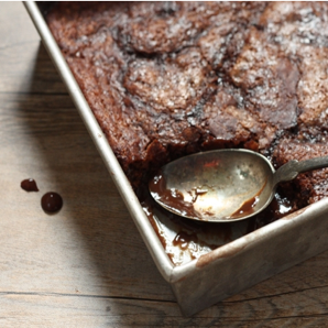 Easy recipe for old-fashioned chocolate pudding cake